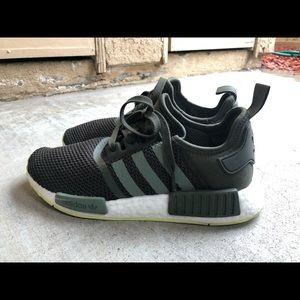 best cheap 57a9f dbe67 Men s Adidas Originals Shoes Price on Poshmark